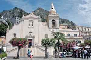 dazzled san giovanni church